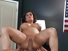 Sizzling Diamond Foxxx gets dicked up her soaked snatch