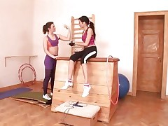 Anita Pearl and pal workout their cunts