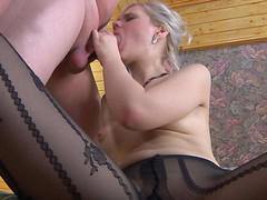 Glamour cutie in patterned hose gets widen on a ottoman for mighty dicking