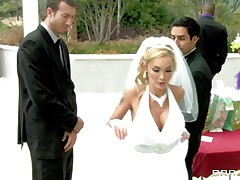 What a hot bride but she has second thoughts about her wedding because she can't live without to engulf and fuck cock so she does this with this stranger during the time that her future husband awaits. This man starts rubbing her fur pie under the wedding dress and makes her horny until she gets down on her knees preparing to engulf his dick. Will he fuck her pretty mouth?