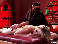 Mia is tensed and that sweetheart needs a nice, oily massage. This hot golden-haired sweetheart stays laid on her back, completely naked as Bill takes care of her superb body. He slips his hands on her perfect ass, massaging it firmly and then rubs her shaved pussy. Mia gets excited and now wants to fuck!
