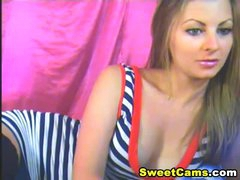 Gorgeous Golden-haired Babe Striptease HD