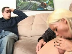 Rhylee richards sucks schlong in front of her cuckold hubby