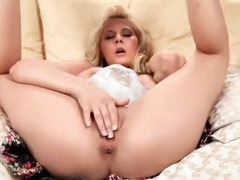 Golden-haired named Madison fingers her slit