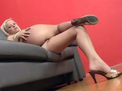 Shaved bawdy cleft fingered by the sexy blond in heels
