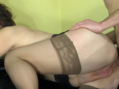 Sultry mamma receives in-heat tempting her juvenile neighbour into pushing her butt