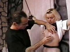 Chastise a hawt slave gal