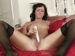 Tess Lyndon toy copulates her soaking wet snatch