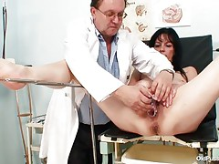 Older brunette hair chicks with valuable body and nasty breasts is sitting the gynecologist table absolutely in nature's garb with her legs widen so that her doctor can exam the juicy crack between them. He recommends her a vibrator therapy so the treatment begins as he introduces that sex toy deep in her bald vagina. This honey becomes horny and does treats her pussy with her own hands.