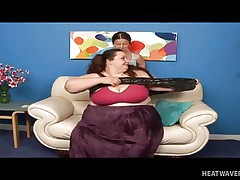 Anna Paige is a massive chubby whore and this babe widens her legs for this midget cutie. See her as this babe gets that slit licked hard on the sofa in advance of playing for a while. No matter the age, size and forms, those gals will always have fun whenever they can.