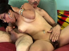 Horny plump chick gets her hawt hirsute cum-hole drilled by a dick!