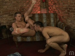2 homo boys do some ass licking and fingering
