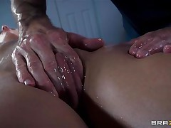 Golden-haired France floozy Jessie acquires a nice massage and then a unfathomable hard fuck in her ass. The hot wench relaxes as the guy massages her bald cum-hole and smoking hot hips and then she has a great time with his large hard dick in her ass. Damn this gal loves it anal