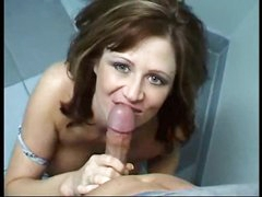 She goes into baths to engulf cock
