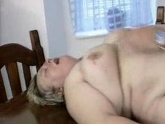 plump german milf gets fucked